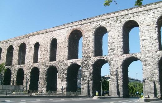 3 Акведук Валента.jpg